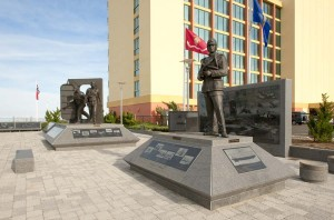 monument-to-naval-aviation-1