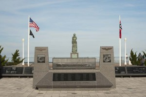monument-to-naval-aviation-3