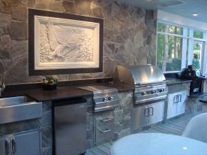 dove-gray-stone-veneer-with-impala-black-leather-granite