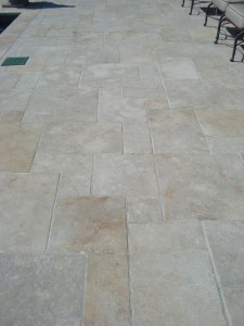 jerusalem-gray-gold-tumbled-paving